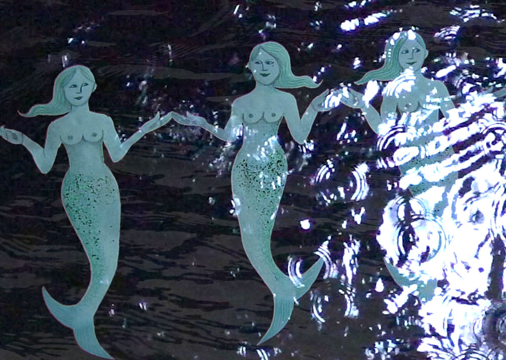 3 pretty mermaids